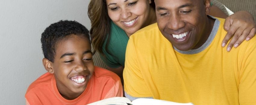 Pais responsáveis: como deve ser a criação de filhos segundo a Bíblia?